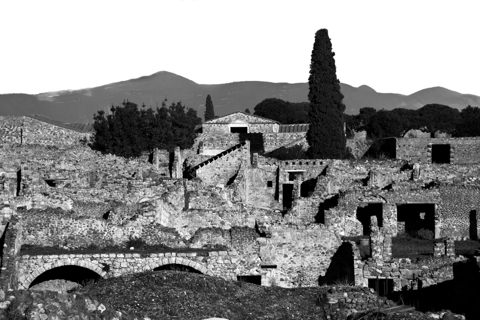 pompeii-13,xlarge.1507130091