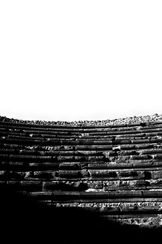 pompeii-15,medium_large.1507130117